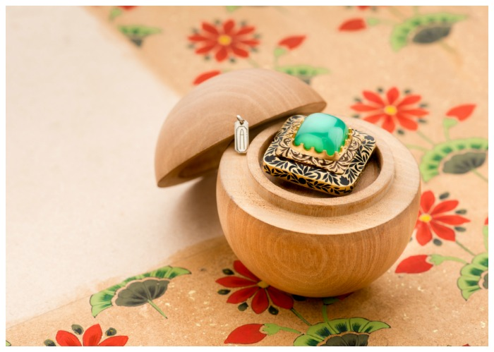 A beautiful chrysoprase ring from Agaro Jewels' Roya Collection.