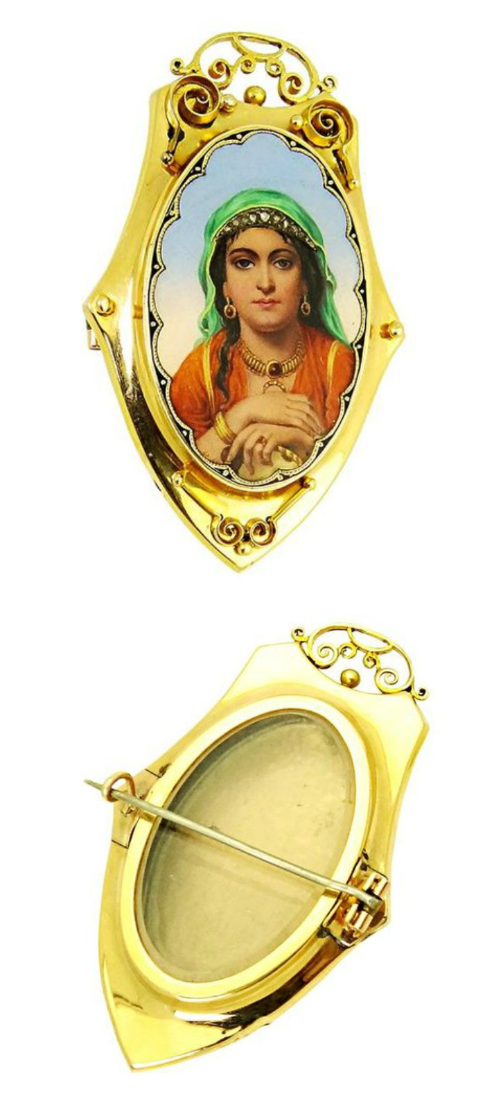 A fantastic Victorian era picture locket currently up for auction and available through Bidsquare.