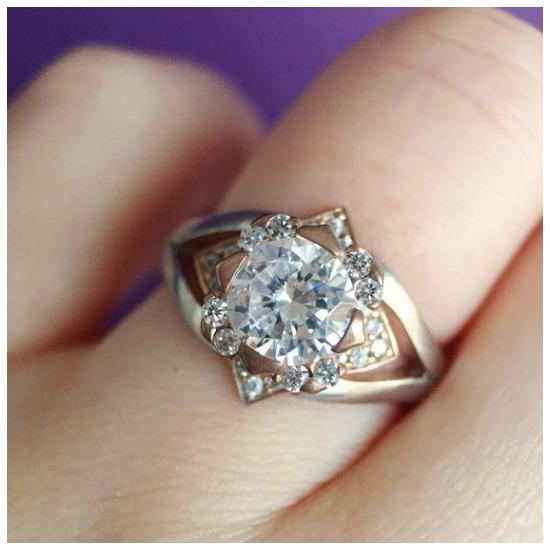 The glamorous Edinburgh diamond engagement ring by MaeVona.