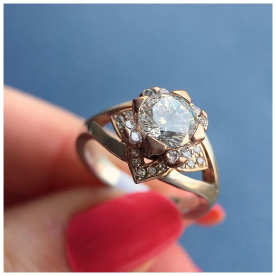 The glamorous Edinburgh engagement ring by MaeVona.