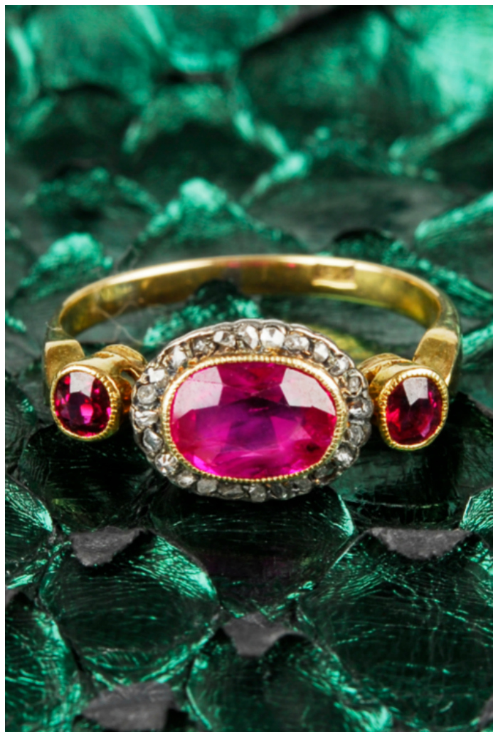 I love the colors in this vintage ruby and diamond ring! It would be a great alternative engagement ring.