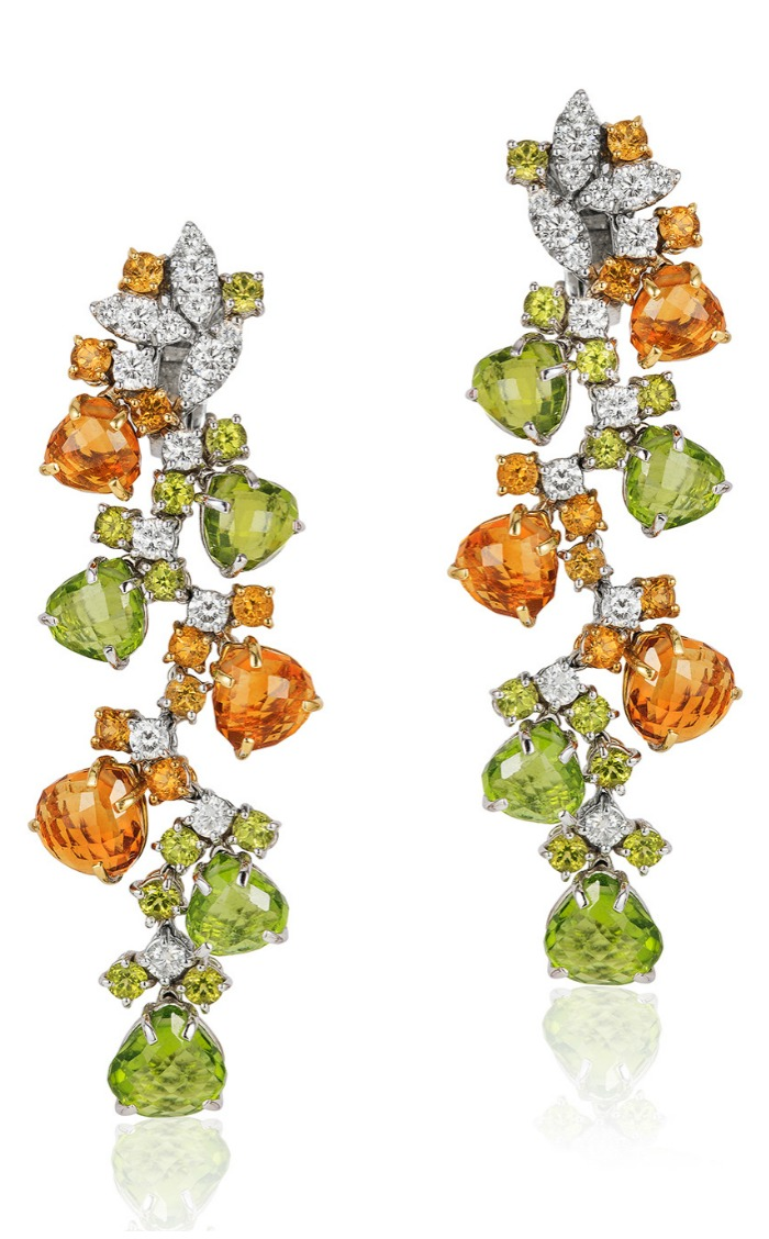 Beautiful Andreoli briolette earrings with 2.46 carats of diamonds, 12.84 g citrine, and 21.16 g peridot