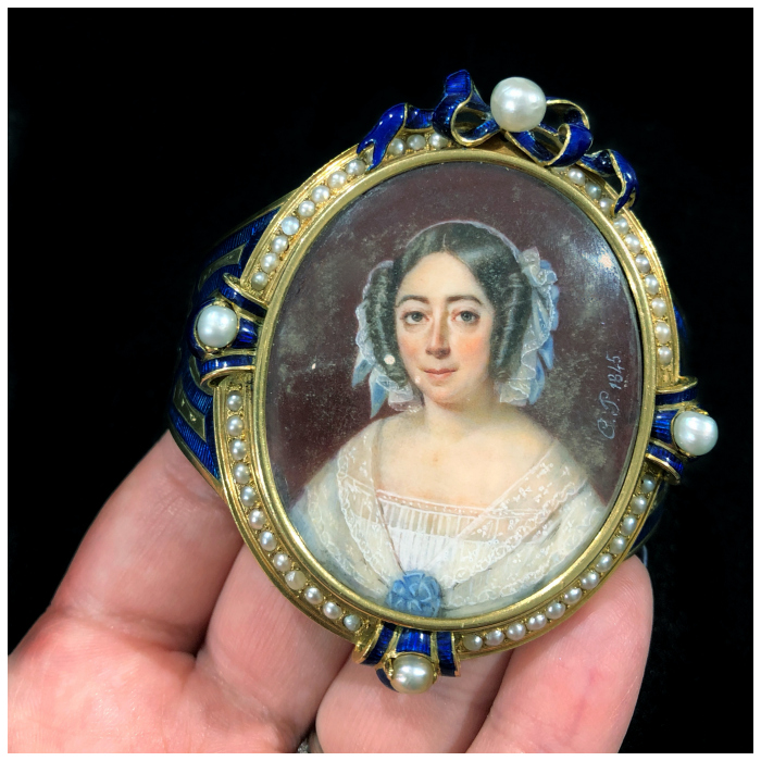 An incredible antique portrait bracelet! Spotted at Lucy Verity at the Miami Beach Antique Show.