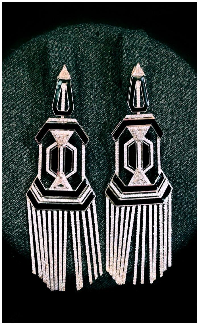 Glorious diamond earrings by award-winning Greek jewelry designer Nikos Koulis!!