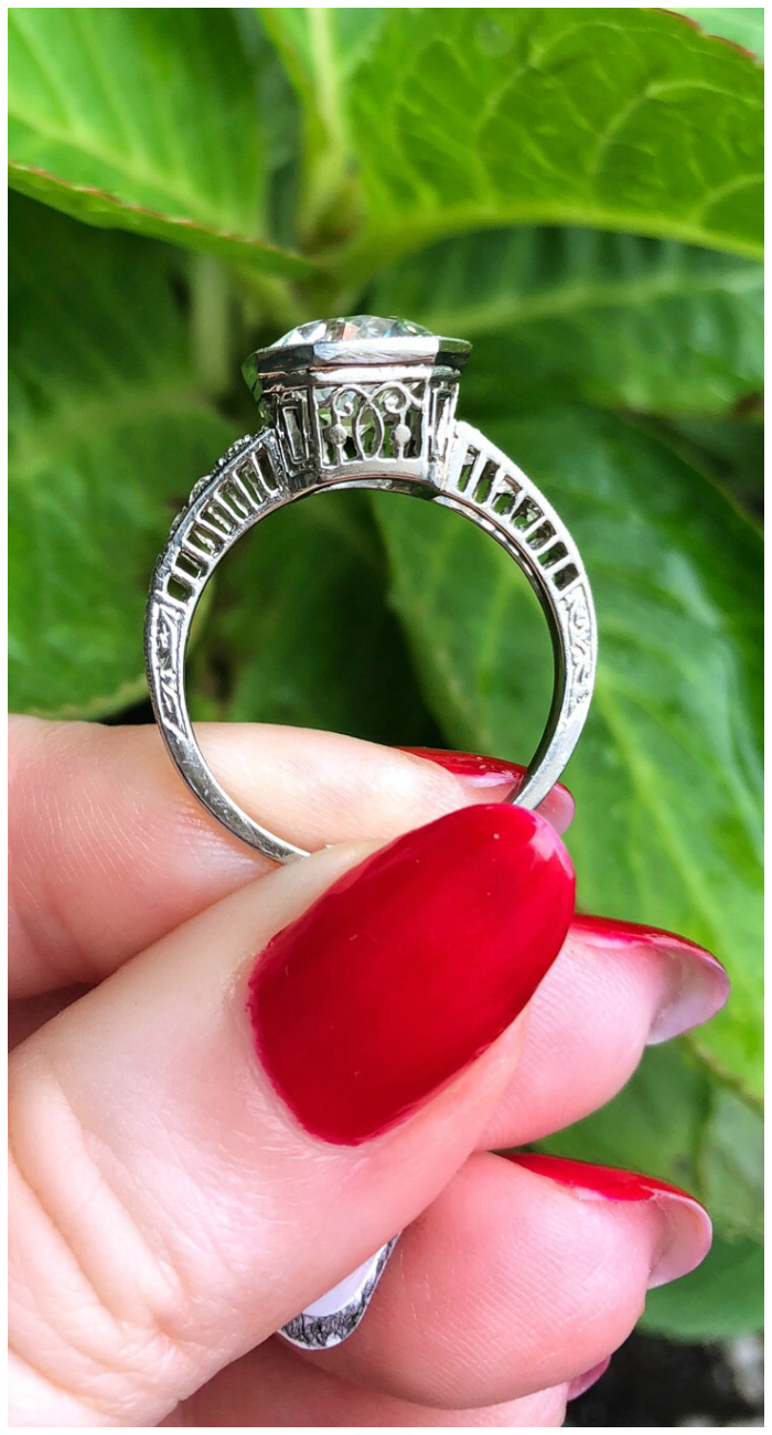 Side details of a stunningly beautiful Art Deco engagement ring! I love antique engagement rings.