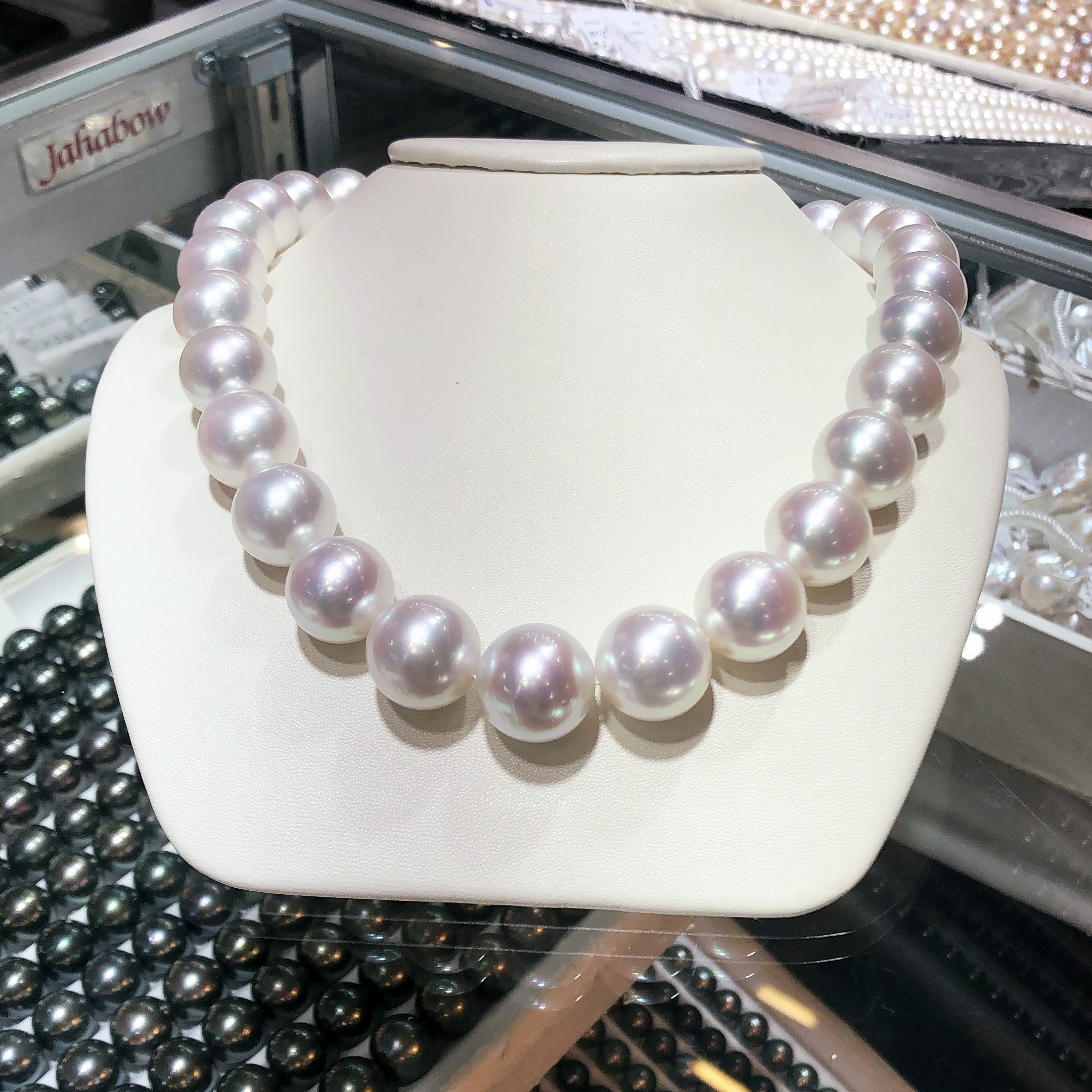 Beautiful, perfectly-matched South Sea pearls from Yen's Jewelry. Spotted at AGTA GemFair 2019.