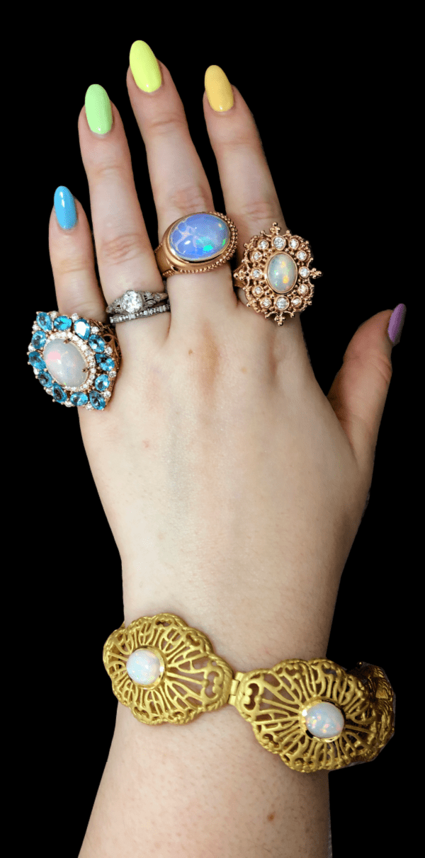Beautiful jewels by Dallas Prince Designs! Opals, gold, diamonds, and other gemstones.