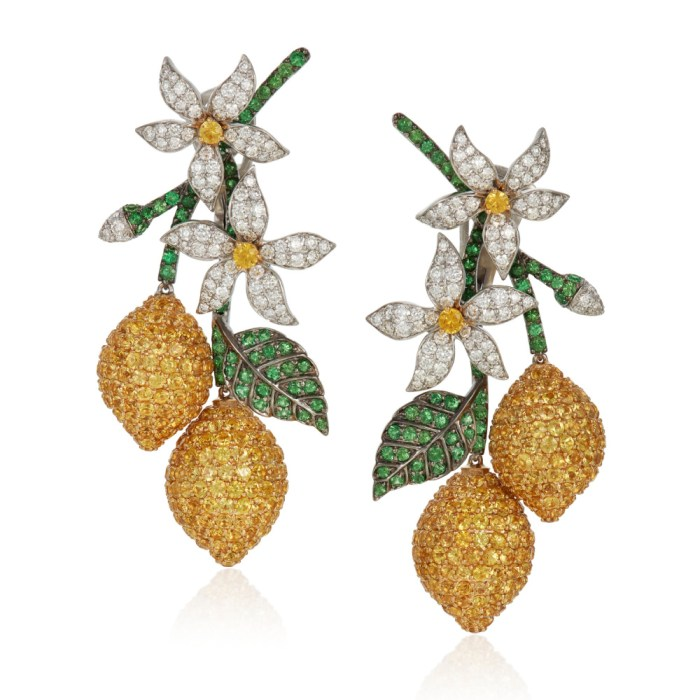 Lemon earrings by Michele della Valle, with yellow sapphires, tsavorite garnets and round diamonds in 18k white gold.