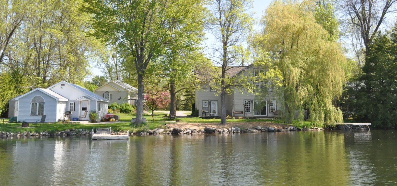 3 Cottages to Choose from in White Lake