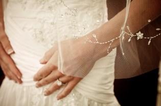 bride veil detail