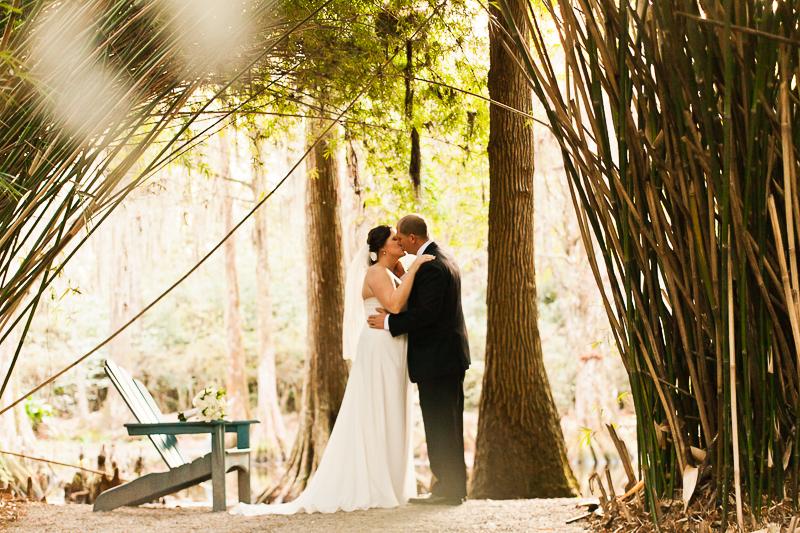 weding day portrait at magnolia plantation by charleston sc wedding photographer Diana Deaver (3)