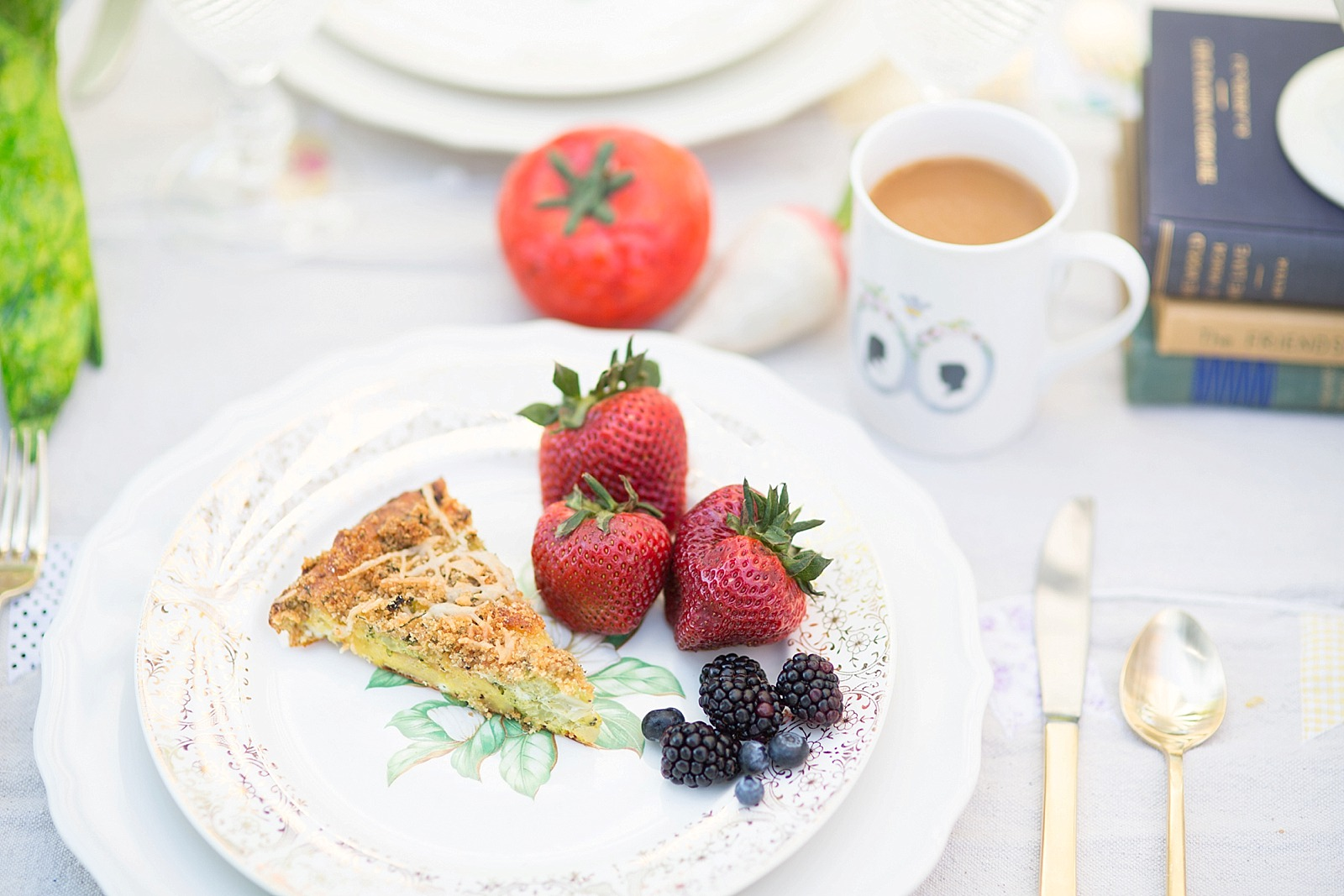 diana-elizabeth-blog-lifestyle-dunkin-creamers-dunkin-donuts-brunch-book-club--4582