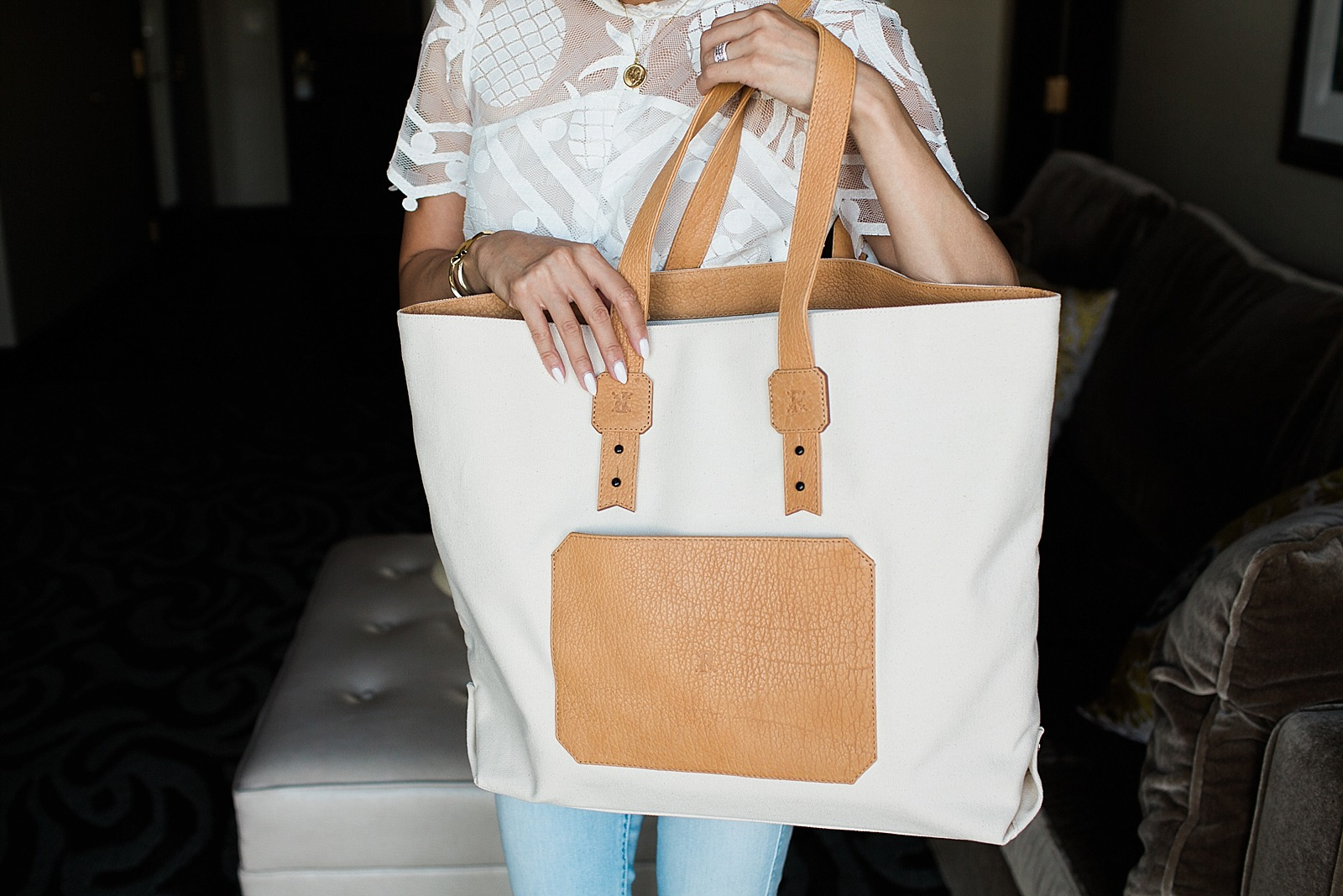 parabellum-buffalo-bison-leather-studio-tote-diana-elizabeth-blog-lifestyle-blogger-style_0027