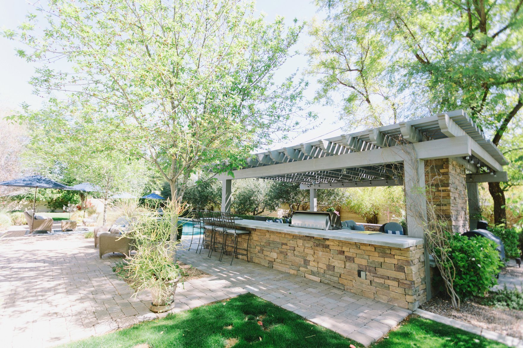 Central Phoenix arizona house tour To Have to Host Lory Parson backyard bbq area