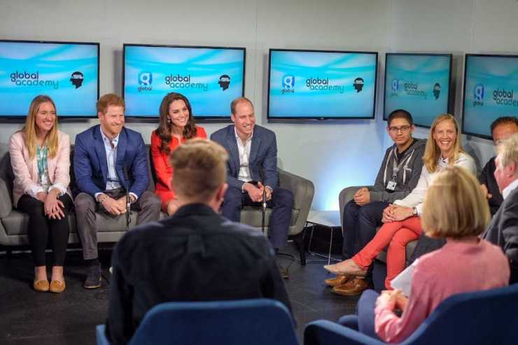 The Duke and Duchess and Prince Harry joined @TheGAcademy students and @global presenters for a roundtable conversation on Mental Health Photo (C) TWITTER