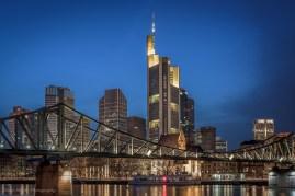 Blick auf die Commerzbank Frankfurt