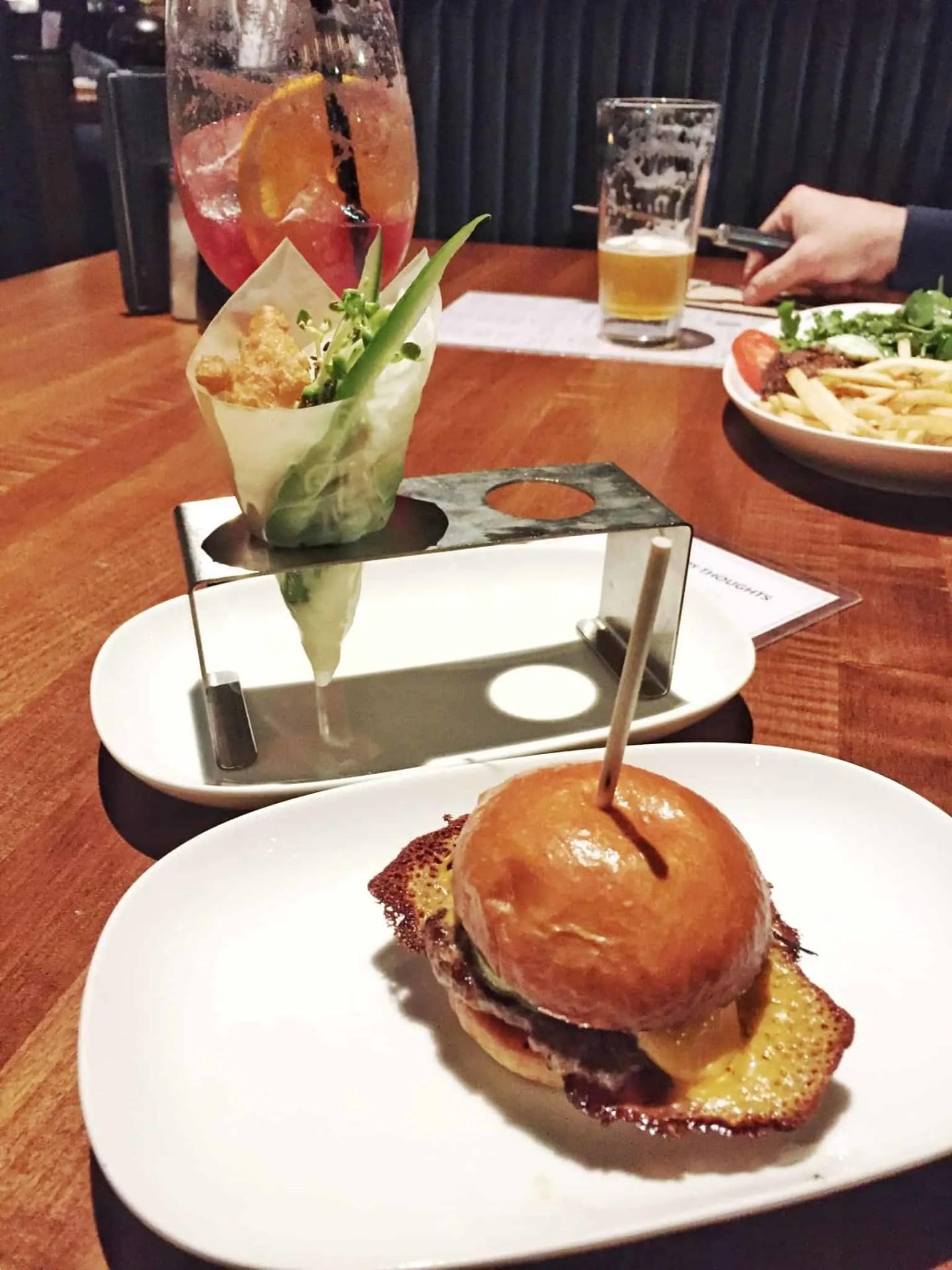 JOEY Restaurant – Happy Hour Toronto