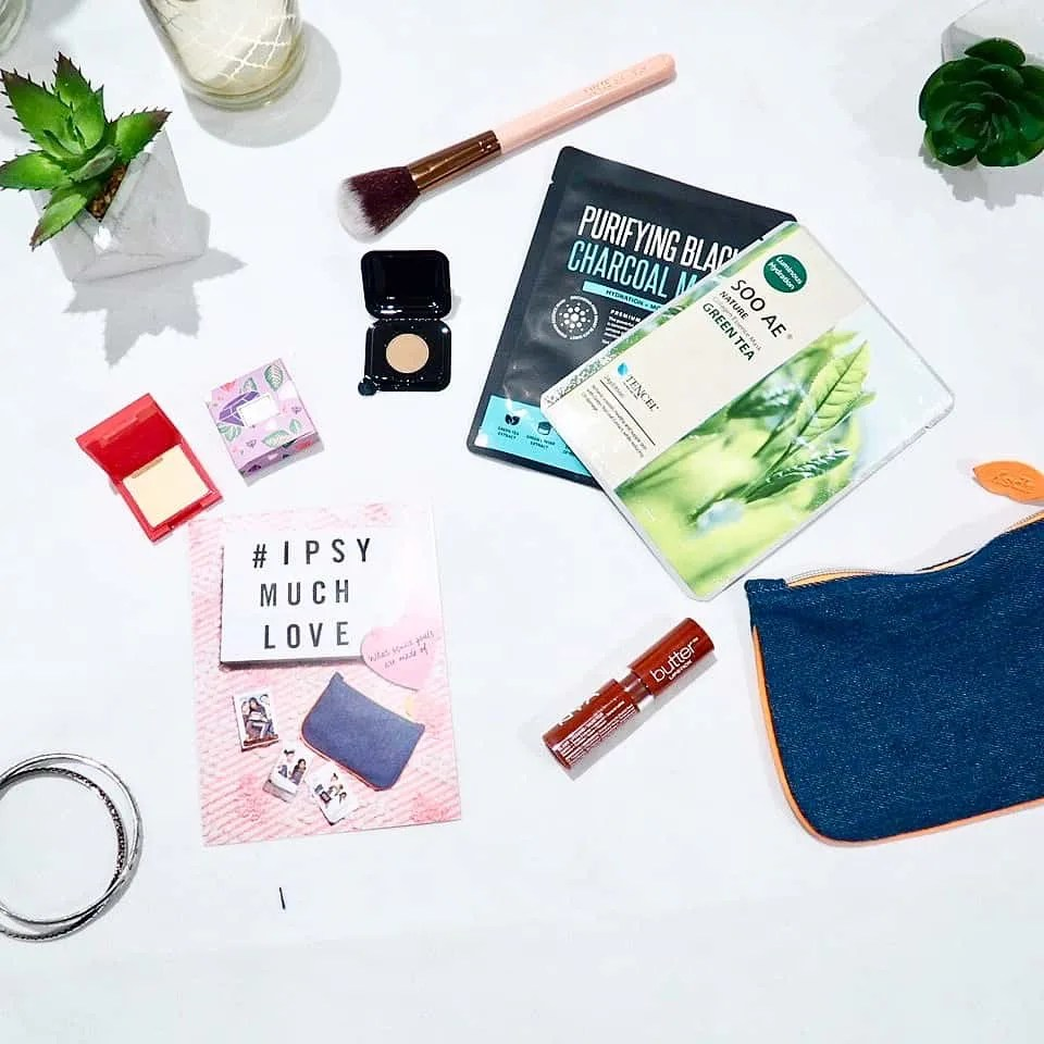 What's in My February Ipsy Glam Bag