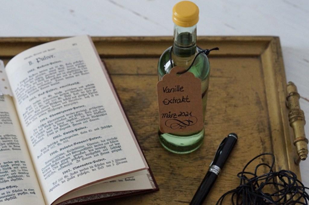 How to: Wie man Vanille Essenz selber macht
