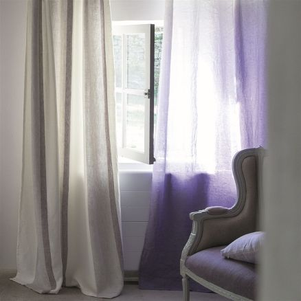 https://www.designersguild.com/uk/designers-guild/fabric/saraille-heather-fabric/p2811