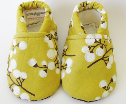 Blossom baby shoes on Etsy