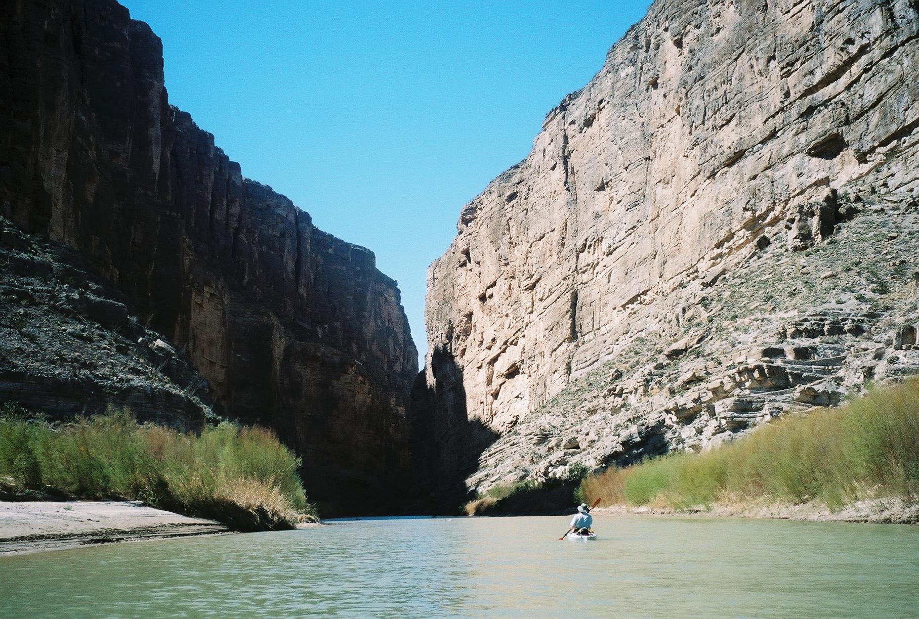 Kayaking Santa Elena Canyon