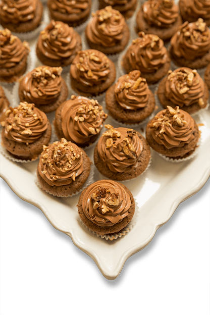 creamy chocolate cookie cupcakes