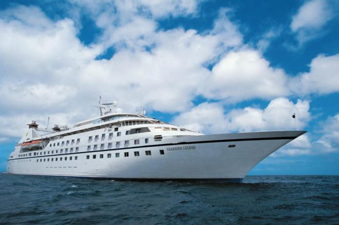 Asik lah kalo ada kapal begini sebagai alternatif transportasi Surabaya-Sumenep :) (sumber : atlantisline.ru)