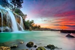 Air Terjun Toroan Sampang (Sumber: pinterest.com)