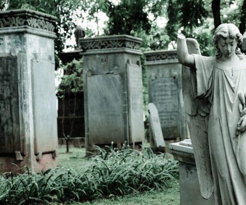 Wisata Nisan di Taman Prasasti Jakarta