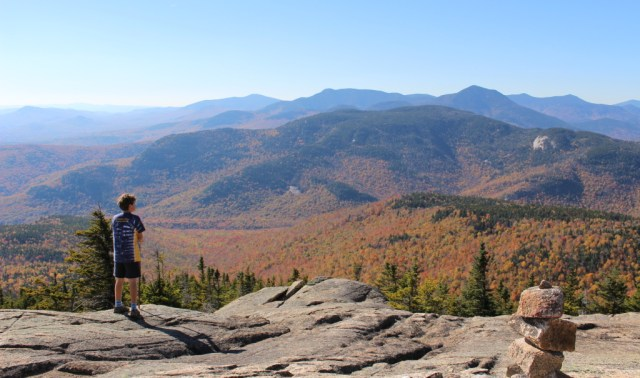 View of the Sandwich Range from the ledges of the Liberty Trail.
