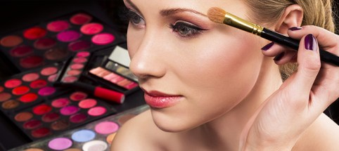 Tips Make-up Untuk Kulit Kering