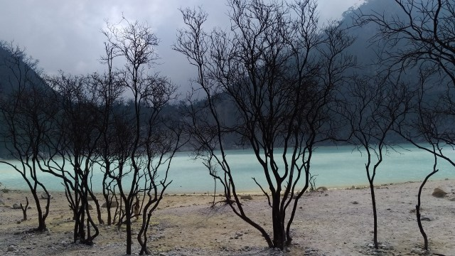 wonderful indonesia kawah putih