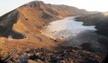 Kawah lama Ile Ape Lowotolok