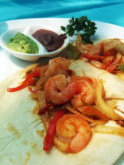El Pelicano, Restaurant, Costa Rica, Playa Herradura, Beaches, Seafood, Diapers On A Plane, diapersonaplane, traveling with kids, family travel