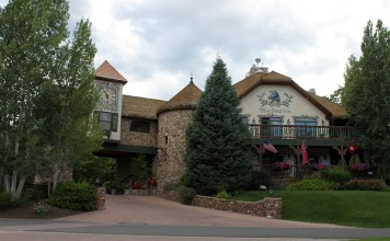 Blue Boar Inn, Midway, Utah, Romance, Overnight, Literary Figures, diapersonaplane, Diapers On A Plane, creating family memories, family travel, traveling with kids