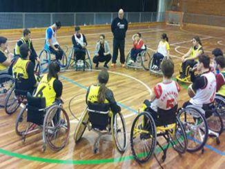 basquet cadira rodes escolar