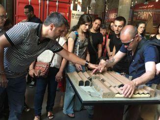 visita persones sordcegues a museu maritim barcelona