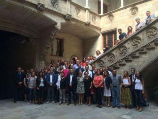 contracte serveis socials món local barcelona