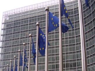 parlament europeu llei accessibilitat béns serveis