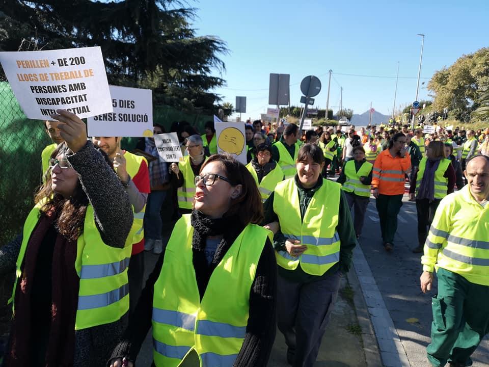 Més de 400 persones de la Fundació Maresme alerten del perill de perdre els llocs de treball als CET