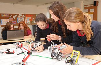 Alumnes actuals. Fotografia del Col·legi Canigó