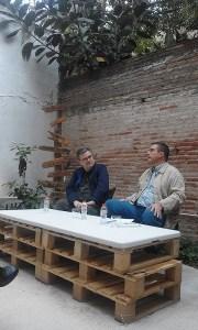 Sergi Pàmies i Frederic Porta fent tertùlia sobre el món del Barça. Fotografia Casa Usher