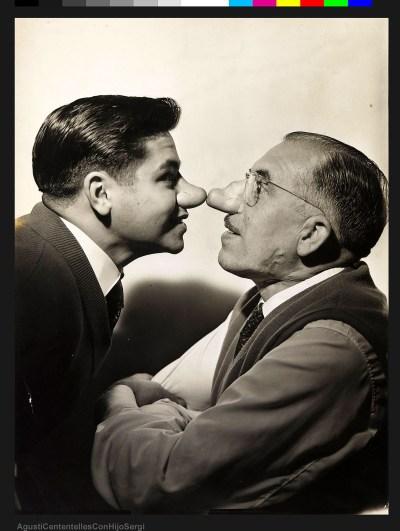 Agustí Centelles i el seu fill Sergi. A la imatge destacada, de Javier Sardá, Agustí Centelles, nét, al plató de l'estudi de fotografia.