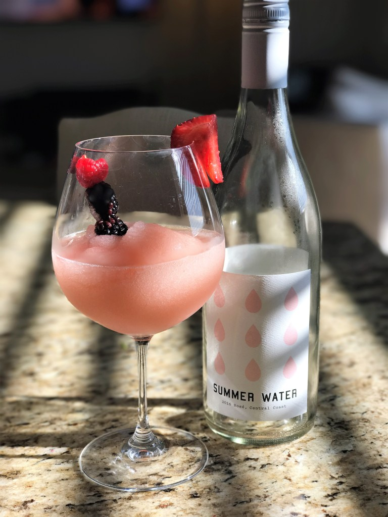 Frose Recipe: Sip On This Frozen Cocktail- Diariesofdanielle.com