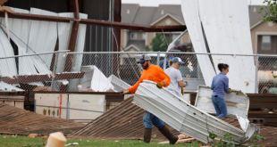 Tornados en Oklahoma dejan dos muertos, daños y decenas de heridos 1