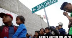 inmigrantes latinoamericanos en la frontera de California