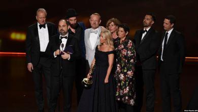 Audiencia de los Premios Emmy cae a 6.9 millones de personas 9