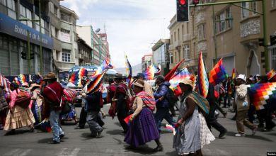 """Photo of Bolivianos: """"Tranquilidad le pedimos a Dios"""""""