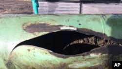 Un informe la NTSB dijo que la grieta por fatiga probablemente se originó por daños mecánicos en el exterior de la tubería causados por un vehículo con orugas de metal durante la instalación.